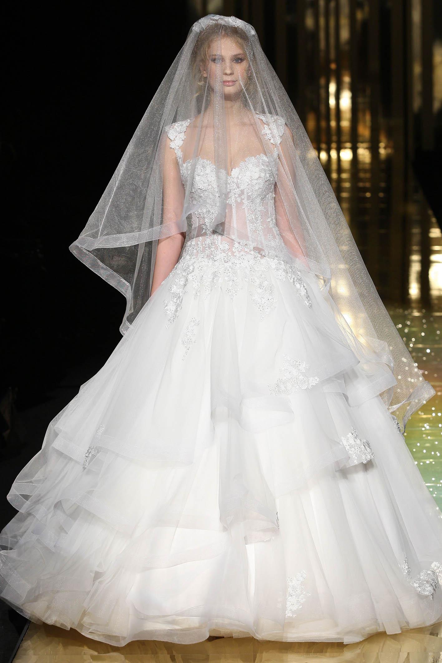 0786a9f0da8d Bei vestiti Italia  Vestito da sposa versace